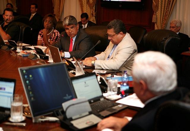 Nuevo ministerio se encargar de la seguridad tupolitica for Pagina del ministerio de interior y justicia