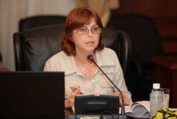 Ministra de Gobierno presenta proyectos de ley