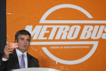 Papadimitriu pide a municipio agilizar cesión de contrato de paradas