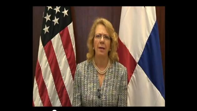 Embajadora Phyllis Powers Anuncia Ratificación de Tratado de Promoción Comercial