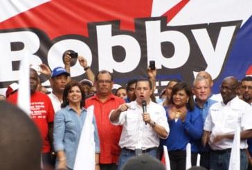 """Bobby"" Velásquez va por la Alcaldía Capitalina."