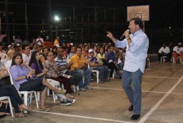 Varela presenta propuesta de plan de gobierno a moradores de Parque Lefevre