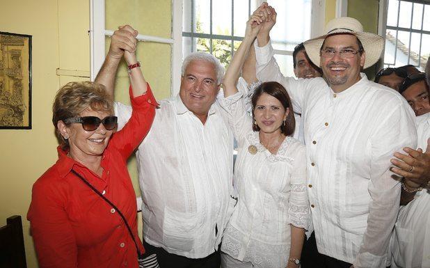 Mireya Moscoso apoya a jose domingo arias