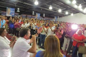 Navarro se reune con oferta electoral del 8-7 y 8-8