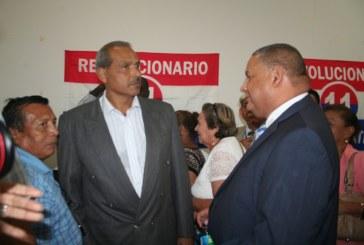 Bernabé Pérez es candidato PRD a Contralor