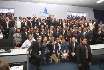 Elogian contribución de colaboradores para el éxito de la VII Cumbre de las Américas