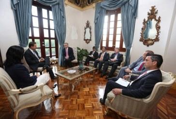 Presidente Varela Rodríguez recibe a miembros de la Cámara de Comercio de los Estados Unidos