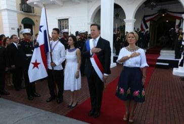 Presidente Varela rinde honor este 4 de noviembre a los Símbolos de la Nación