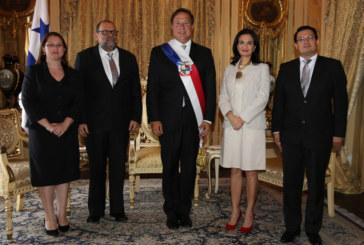 Embajadores presentan cartas credenciales al presidente Varela