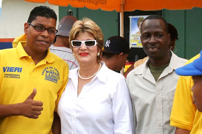 Mireya Lasso en Curundu