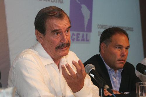 Ex Presidente FOX de Mexico y el Canciller Samuel Lewis Navarro
