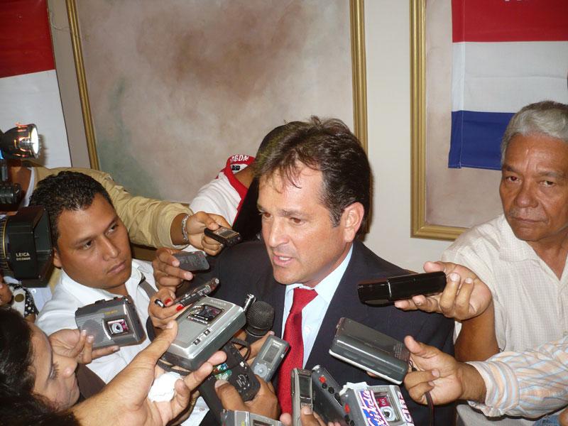 Juan Carlos Navarro del Partido Revolucionario Democrático de Panamá