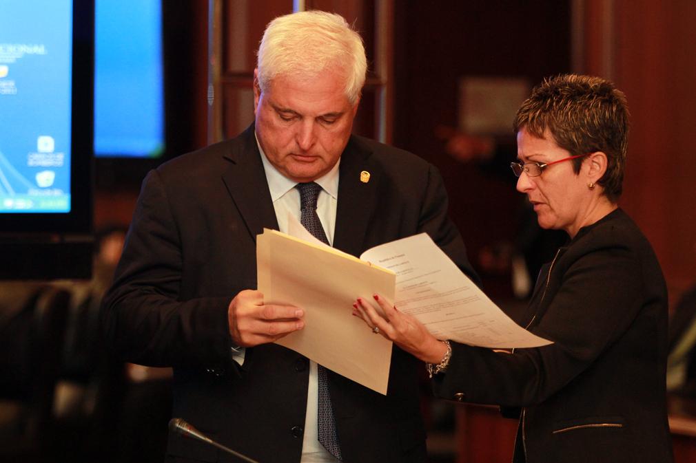 Comisión Especial sostiene reunión con equipo del Ejecutivo