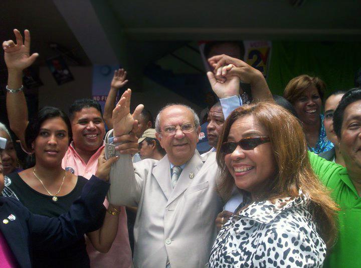 Ganador de las Elecciones de la Universidad Nacional, Gustavo García de Paredes