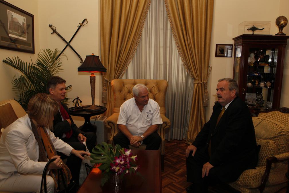 Presidente Martinelli se reúne con jefe de la radio y televisión internacional de Alemania
