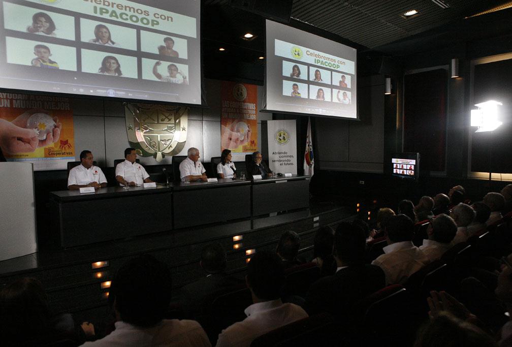 Panamá será sede de la II Cumbre Cooperativa de las Américas en el 2012