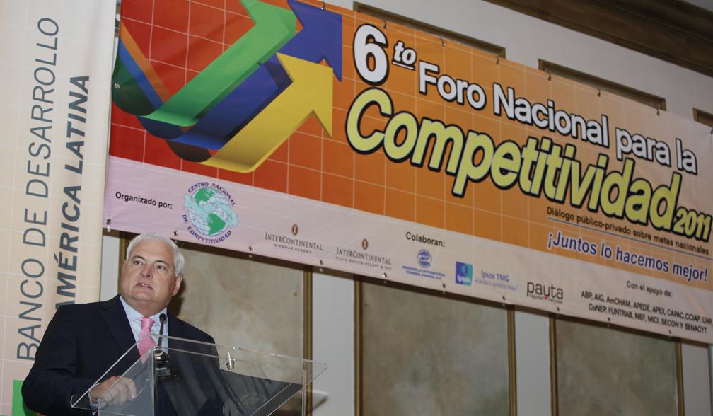 Martinelli inaugura VI Foro Nacional para la Competitividad 2011