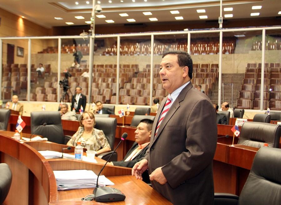Hector Aparicio, Presidente de la Asamblea Nacional de Diputados de Panamá.