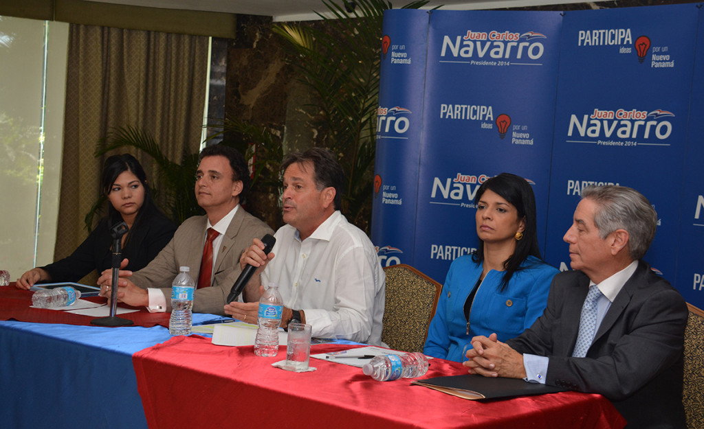 Gerardo Solís, Juan Carlos Navarro, Angélica Maytín, Eloy Alfaro