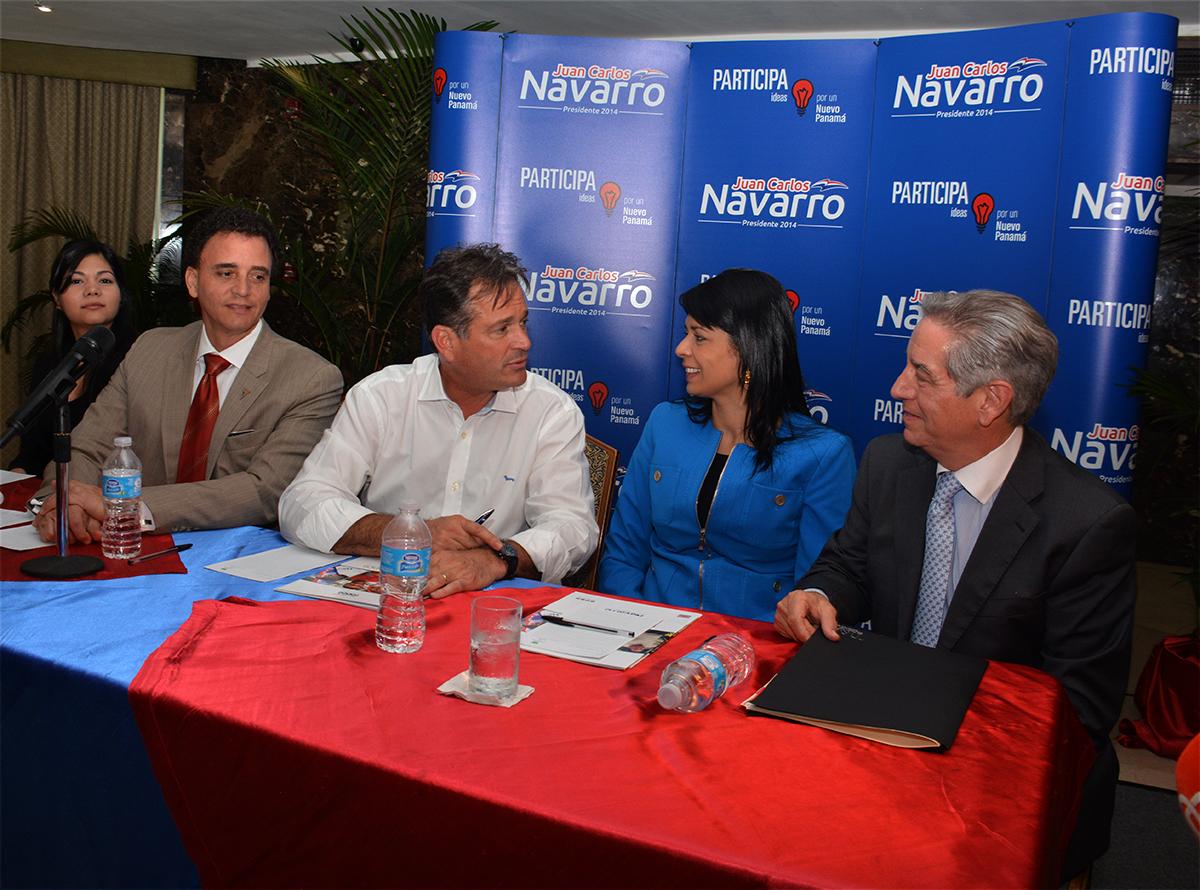 Juan Carlos Navarro, Gerardo Solís, Transparencia