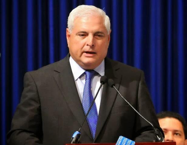 Martinelli-ofrece-a-Panama-como-sede-regional-de-la-Interpol