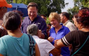 Juan Carlos Varela y Lorena Castillo en Atalaya