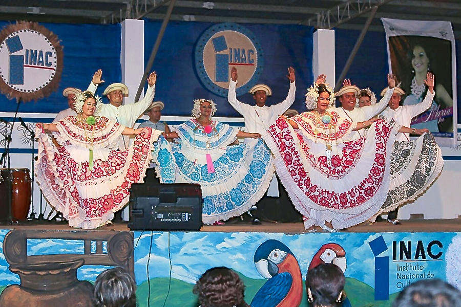 asamblea-nacional-panama-acapara-atencion-cultura-folclor-sona