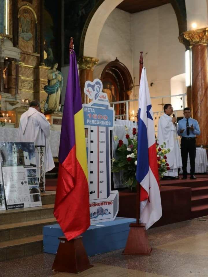 bandera-panamenista-iglesia-catolica