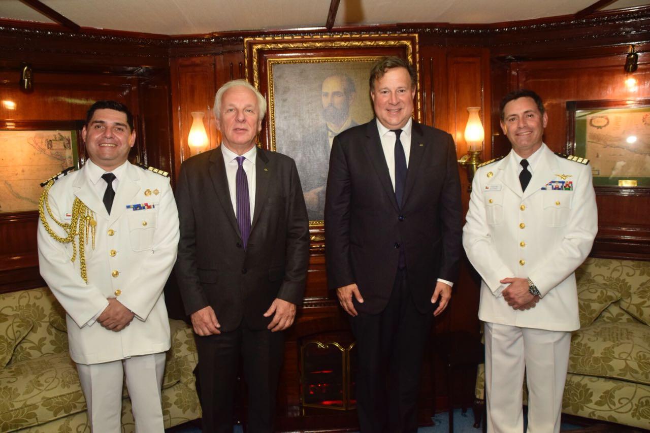 presidente-varela-escuelas-navales-panama