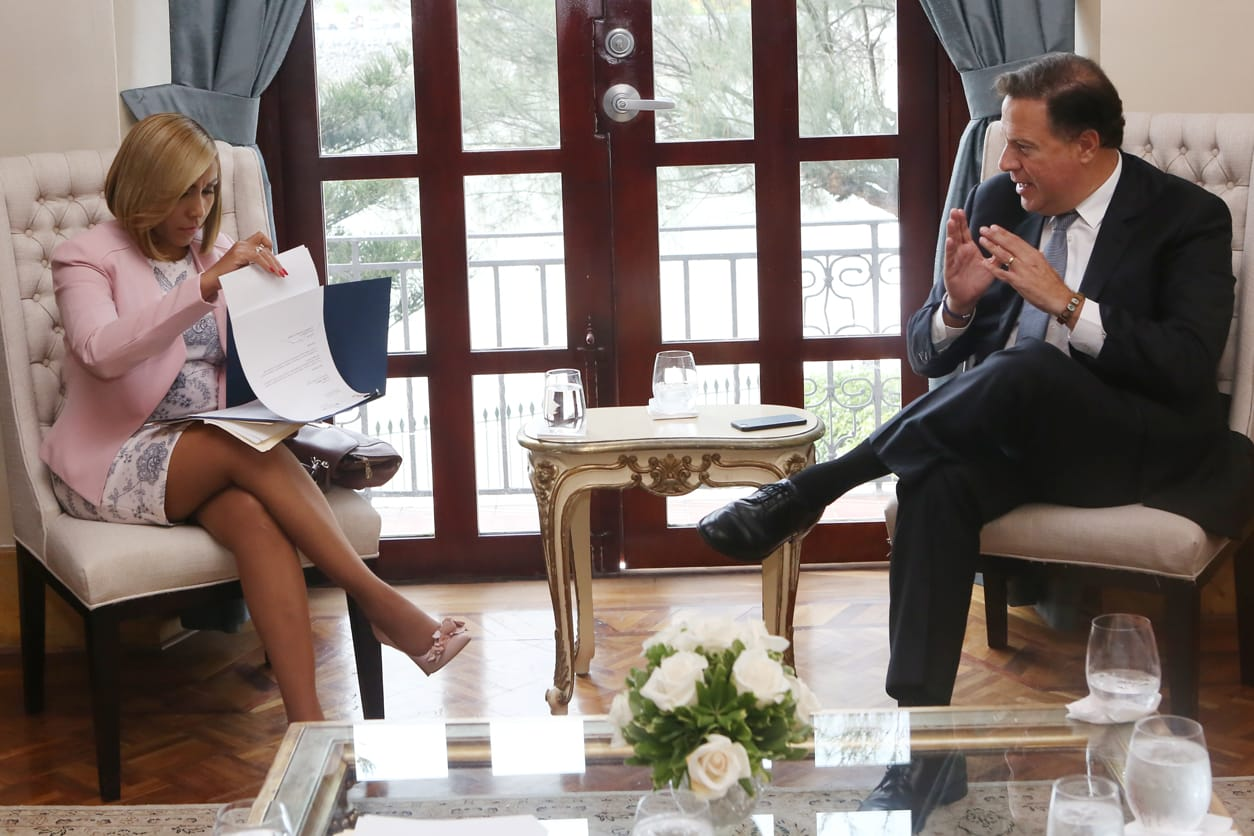 presidente-varela-reunion-yanibel-abrego-asamblea-politica-panama